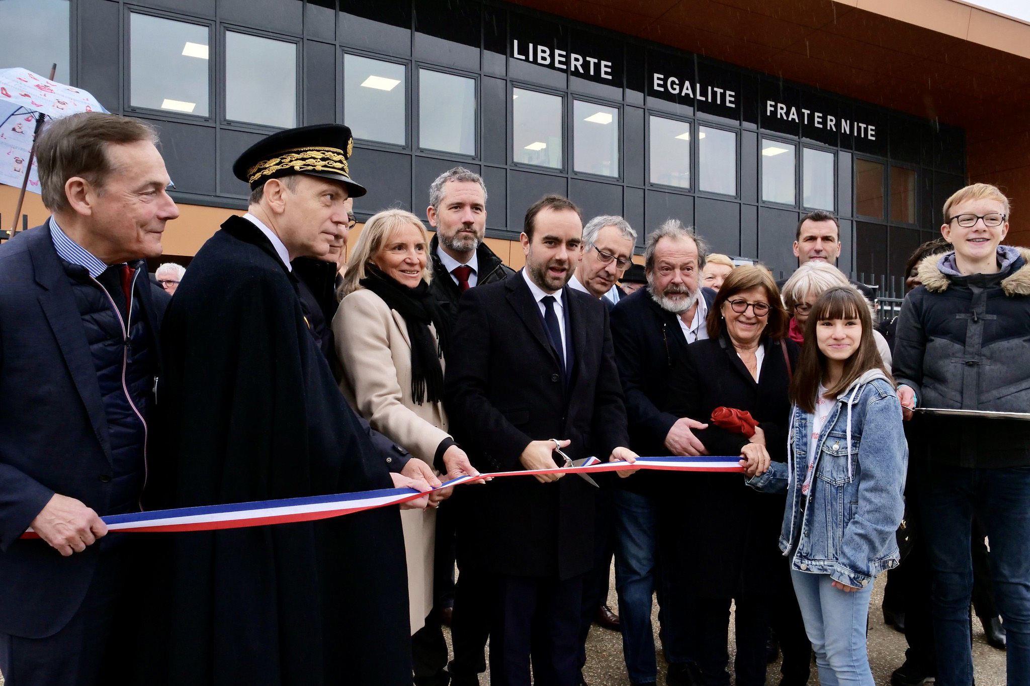 Le deuxième collège du Neubourg officiellement inauguré